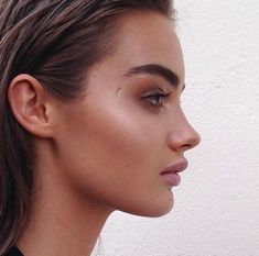Step by step tips on how to contour and highlight cheekbones. Includes the best contour makeup and highlight makeup to make your cheekbones stand out! Makeup Inspo, Makeup Inspiration, Beauty Makeup, Hair Makeup, Hair Beauty, Best Contour Makeup, Contouring And Highlighting, Cheekbones Makeup, Brows
