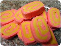 * Maria's Self *: Homemade LUSH Bubble Bars Recipe (DIY St. Valentine's Day, Christmas, Birthday Gift Idea - Cheap, Simple and Easy LUSH Products!!)