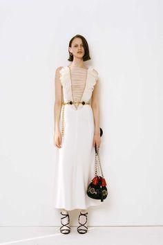 Alessandra Rich Parigi - Collections Fall Winter - Shows - Vogue. Runway Fashion, High Fashion, Fashion Show, Paris Fashion, Women's Fashion, Vogue Paris, Bias Cut Dress, Fashion Details, Fashion Design