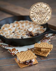 CAST-IRON SKILLET S'MORES: Prep Time: 5 Minutes Cook Time: 12 Minutes  Makes: 8 Servings