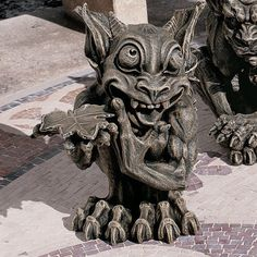 Design Toscano Babble The Gothic Gargoyle Statue