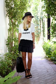 Nice Outfits, Spring Outfits, Back To Reality, Shirt Dress, T Shirt, Skater Skirt, My Style, Skirts, Inspiration