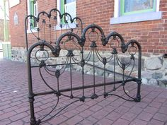 Iron bed frames are a must if you are creating a vintage look in your new bedroom. Description from pinterest.com. I searched for this on bing.com/images