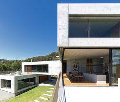 Vanishing point: Balmoral House | ArchitectureAU