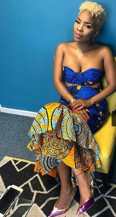 African Fashion Trends: Stylish and Glamorous African Dress Xhosa Attire, African Attire, African Wear, African Women, African Dress, African Style, Ghana Fashion, Africa Fashion, Ankara Fashion