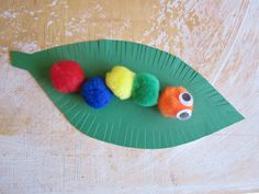 Christmas Crafts for 2 Year Olds | the red kitchen: Pom Pom Caterpillars (free printable pattern ...