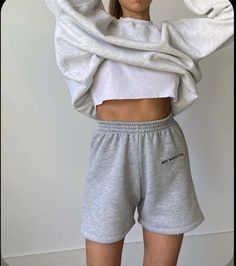 Summer Fashion Tips .Summer Fashion Tips Simple Outfits, Trendy Outfits, Summer Outfits, Fashion Outfits, Fashion Tips, Fashion Hacks, Sporty Outfits, Athletic Outfits, Urban Outfits