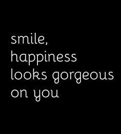 #FF Wishing you all the most #gorgeous weekend! @KimKardashian @RWitherspoon @SofiaVergara @SJP