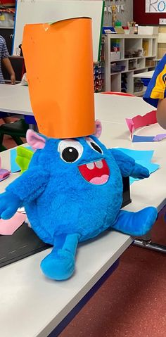 Students thought Your Teacher's Pet Creature needed a hat if he wanted to play outside - no hat, no play. Classroom Behavior Management, Behaviour Management, Teachers Pet, Positive Behavior, Cute Plush, Child Love, Early Childhood Education, Your Teacher, Dinosaur Stuffed Animal