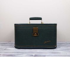 Vintage Green Starlite Makeup Train Case by SalvageLoveOnEtsy, $22.00
