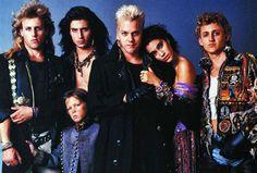 Jóvenes Ocultos (The Lost Boys), 1987