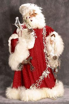 White pearl and red sparkle on this Santa's robes.  |  Santa's Legends