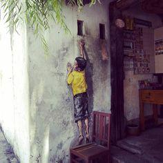 Day 4 : Georgetown Penang Street Art  #streetart #georgetown #penang  #malaysia #malaisie #trip #tag #art #travel #travelingram #traveltheworld #igers #street #friends #walking #hot by celiapoupidou