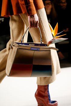 See detail photos for Fendi Fall 2015 Ready-to-Wear collection.