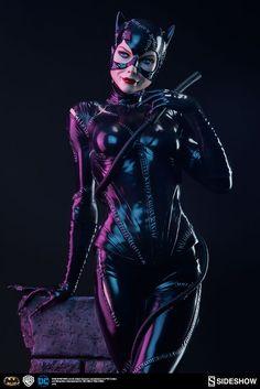 Batman Returns Catwoman Premium Format Figure By Sideshow…