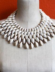 Cowrie 5 Necklace by MusoMasiri on Etsy Shell Jewelry, Shell Necklaces, Beaded Jewelry, Beaded Necklace, Shell Choker, Jewellery, Fabric Beads, Fabric Jewelry, Seda Sari