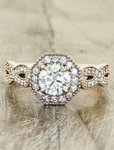ring:::this is so gorgeous