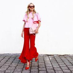 46 Cute Pink Outfits Ideas for women looks beautiful and romantic Pink Fashion, Love Fashion, Fashion Outfits, Pinke Outfits, Mode Monochrome, Stylish Outfits, Cool Outfits, Colourful Outfits, Trends 2018