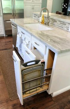 Kitchen Island With Sink And Dishwasher, Kitchen Island Storage, Sink In Island, Modern Kitchen Island, Kitchen Island With Seating, New Kitchen, Kitchen Decor, Kitchen Islands, Kitchen Tools