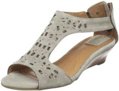 071f0540e22 Amazon.com  Clarks Women s Thimble Clover Sandal  Shoes Sport Fashion