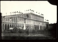 Crystal Palace : Great Exhibition London,  1851 Uk History, British History, Vintage London, Old London, Exhibition Building, Palace London, Glass Structure, Age Of Empires, Old Photos