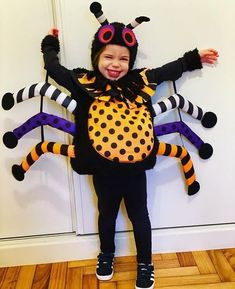 Want to make your kids stand out from the crowd? Check out these clever DIY Halloween costumes for kids, they are homemade, super easy and best matching with the family halloween costume for girls, boys or toddlers. A very creative and unique collections of last minute ideas to make your kids look cute and creepy. #halloweencostumes #diy #halloween #kids #familycostumes Matching Halloween Costumes, Halloween Costumes For Girls, Cute Halloween, Girl Zombie Costume, Diy Minion Costume, Creepy Costumes, Easy Diy Costumes, Kids Costumes Boys, Costumes For Teens
