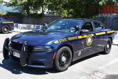 Us Police Car, Police Patrol, State Police, Police Vehicles, Emergency Vehicles, Military Vehicles, New York State Trooper, Dodge Charger Srt, New York Pictures