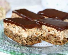 Grandma told me the nuts, elronthatatlan, juicy French fries piled secret! Fall Desserts, Cookie Desserts, No Bake Desserts, Cookie Recipes, Delicious Desserts, Dessert Recipes, Hungarian Desserts, Hungarian Recipes, Food Cakes