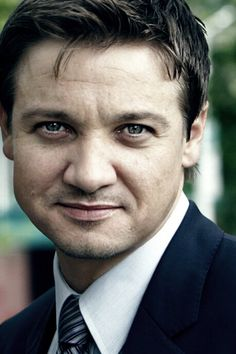 Jeremy Renner  Aww ... So cute!!!
