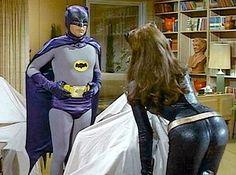 Acho que vou levar essa gatinha para a batcaverna!