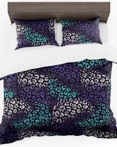Čierná luxusná obliečka do spálne s farebným vzorom (2) Comforters, Blanket, Bed, Home, Creature Comforts, Quilts, Stream Bed, Ad Home, Blankets