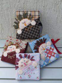 Septiembre...: Libritos guarda-agujas Raf. ( por cortesía de Lily Gallardo). Hanging Ornaments, Felt Ornaments, Rag Quilt, Quilts, Embroidery Patterns, Quilt Patterns, Fabric Crafts, Diy Crafts, Animal Sewing Patterns