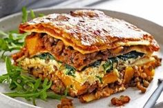 Pumpkin, spinach and lentil lasagne This tasty recipe for Pumpkin, Spinach & Lentil Lasagne is also the perfect size for sharing with friends and family. The post Pumpkin, spinach and lentil lasagne appeared first on Welcome! Veggie Recipes, Pasta Recipes, Vegetarian Recipes, Cooking Recipes, Healthy Recipes, Vegetarian Lasagne, Dinner Recipes, Vegetarian Cooking, Lasagne Recipes