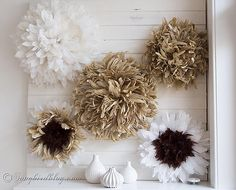 Let's diy an African juju hat. Making a knockoff of an African juju hat is much easier than you think. These feather wreaths make beautiful wall decor. Feather Wreath, Feather Wall Art, Feather Hat, Art From Recycled Materials, Juju Hat, Diy Hat, Flower Wall Decor, How To Make Wreaths, Diy Crafts