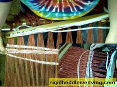 http://rigidheddleweaving.com SPONSORED BY: http://isellyarn.com Here's a video I did a while ago showing one way to help new weavers achieve even selvedges....