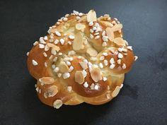 Der BACKPROFI -Rezeptsammlung Bagel, Doughnut, Bread, Desserts, Food, Cherry, Kuchen, Challah, Postres