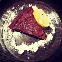 Przepis znajdziesz tutaj: http://naostrzumiecza.blogspot.com/2013/07/pound-cake-quatre-quarts-ciasto-dla.html