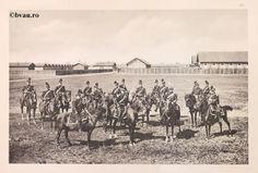 """Regimentul 11 Artilerie, 1902, Romania. Ilustrație din colecțiile Bibliotecii Județene """"V.A. Urechia"""" Galați. http://stone.bvau.ro:8282/greenstone/cgi-bin/library.cgi?e=d-01000-00---off-0fotograf--00-1----0-10-0---0---0direct-10---4-------0-1l--11-en-50---20-about---00-3-1-00-0-0-11-1-0utfZz-8-00&a=d&c=fotograf&cl=CL1.32&d=J169_697980"""