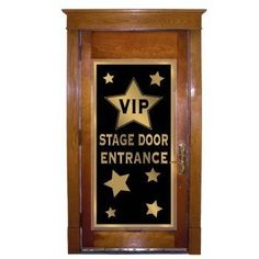 Hollywood awards night vip stage door banner by BEISTLE, http://www.amazon.co.uk/dp/B001K32CFM/ref=cm_sw_r_pi_dp_iGDlsb1AP2XTW