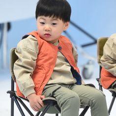 Yang nonton The Return of Superman pasti tahu. Cute Asian Babies, Cute Babies, Journeys Kidz, Triplet Babies, Man Se, Superman Baby, Song Daehan, Song Triplets, Love Twins