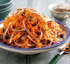 Moroccan carrot salad - Healthy food world Morrocan Food, Moroccan Salad, Vegetarian Recipes, Cooking Recipes, Healthy Recipes, Vegetarian Salad, Free Recipes, Moroccan Carrots, Healthy Salads