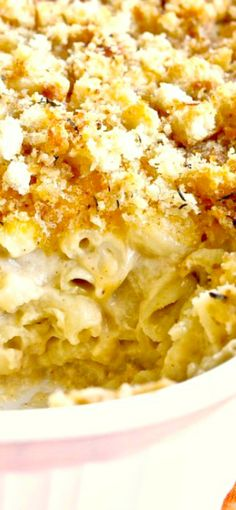 My Favorite Mac And Cheese! Elbow Macaroni With An Incredible Cheesy Sauce And A Yummy Bread Crumb Topping!