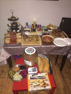 Snack table from Boxing Day east gammon & beer, pickle, cheese & meats 👌