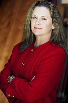 Stephanie Zimbalist stars in Shadowland Stages' production of 'Papermaker' Celebrity Twins, Celebrity Photos, Classic Beauty, Timeless Beauty, Stephanie Zimbalist, Pierce Brosnan, Famous Stars, Old Tv Shows, Celebs