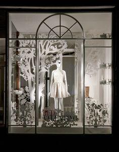 RED Valentino Christmas windows 2014, Vienna – Austria window display