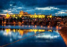 Praga: retroceder en el tiempo y conocer una belleza inimaginable http://www.enviajes.com/republica-checa/praga-retroceder-en-el-tiempo-y-conocer-una-belleza-inimaginable.html