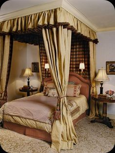 Bedroom Decoration, Bedroom Design, Bedroom furnishings, Canopied Bedroom