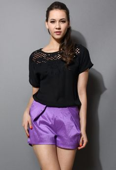 Baroque Cut Out Embroidery T-shirt in black