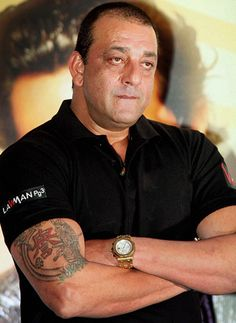 Sanjay Dutt doing double shifts to complete the shooting of Policegiri!