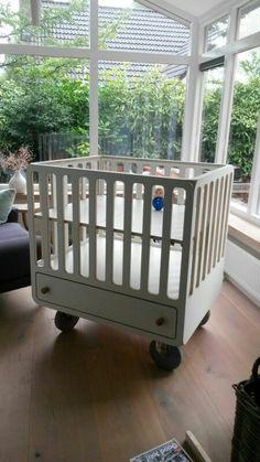 Baby box ontwerp Martijn Neuvel